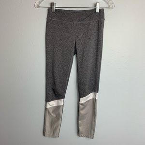 IDEOLOGY ANKLE WORKOUT LEGGINGS SIZE M (girl)